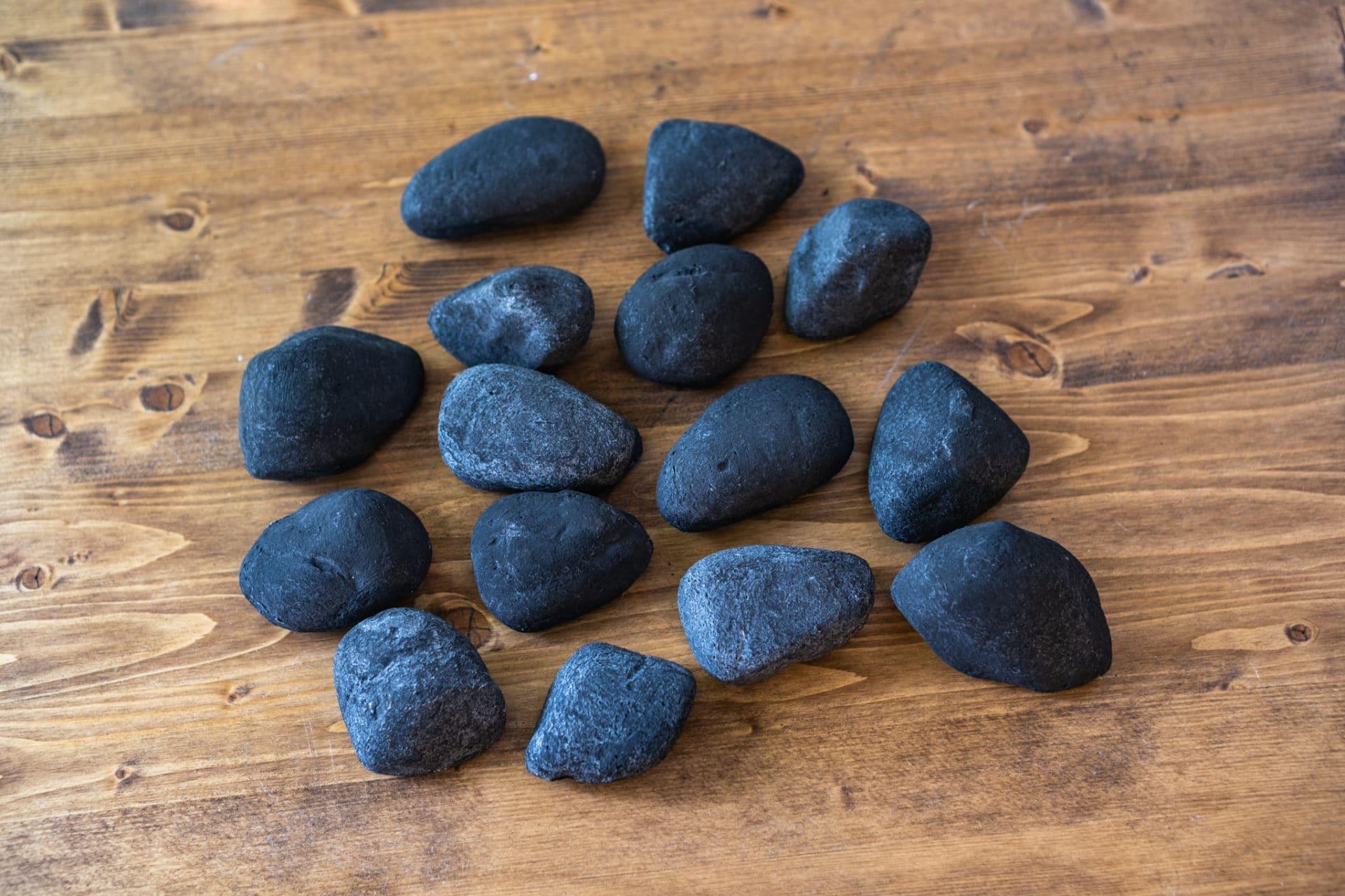 ceramic river stones black