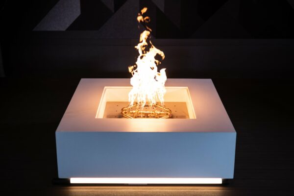 Cubo Fire Table